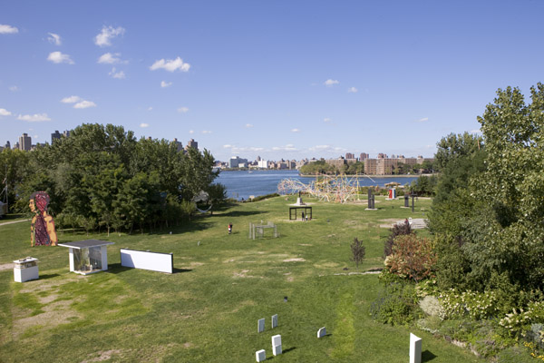 Socrates Sculpture Park Access and Facilities